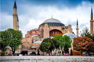 Istanbul in slikovita Kapadokija 2020