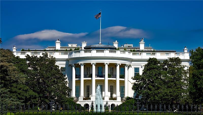 Znalezione obrazy dla zapytania white house